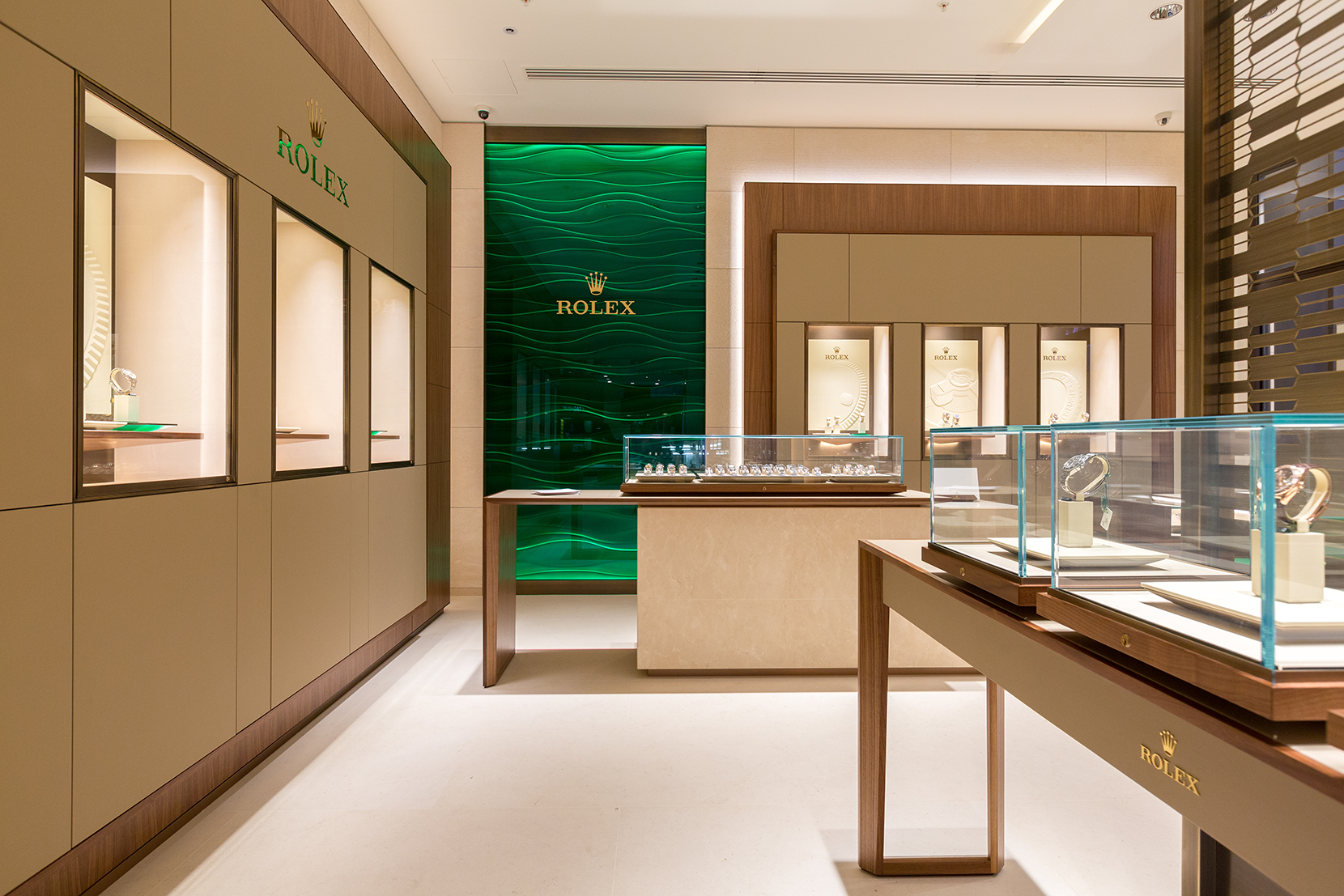 "Goldsmiths Watches –  ""Rolex Lounge"" Store Photography"