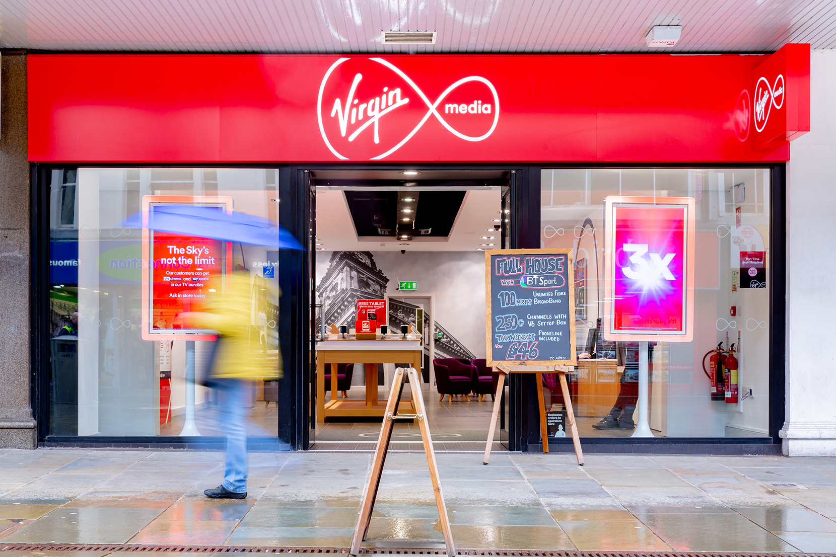 Nationwide In-Store Photography for Virgin Media